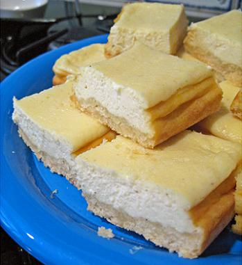 vanilla cheesecake bars