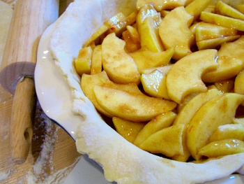 Apples in Pie Crust