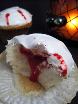 vampire cupcake: money shot