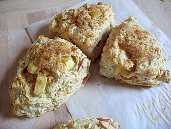 Apple and Granola Scones