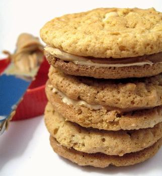 peanut butter sandwich cookies, side view