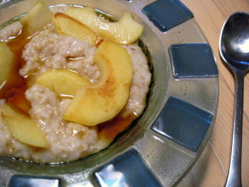Steel Cut Oatmeal with Caramelized Apples