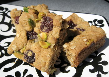 Pistachio Cherry Oatmeal Cookie Bars