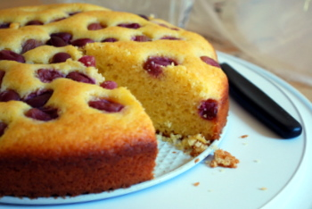 Olive Oil, Grape and Polenta Cake