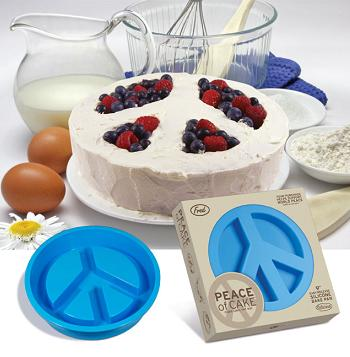 Peace of Cake Pan