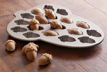Acorn Cakelet Pan