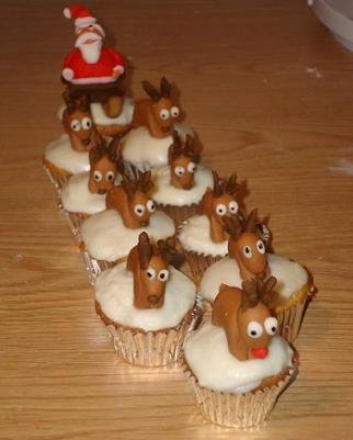 Santa and His Reindeer Cupcakes