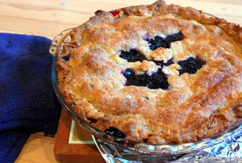 Blackberry Raspberry Pie, whole
