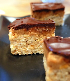 Peanut Butter Cup Rice Krispie Bars | Baking Bites