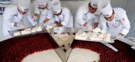 World's Biggest Cheesecake Record Set