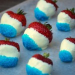 Red, White and Blue Chocolate Dipped Strawberries