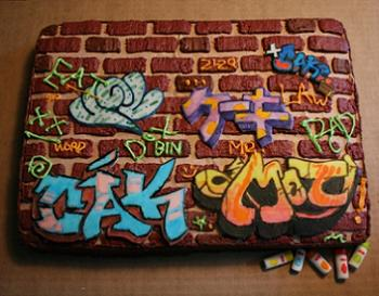 Threadcakes Graffiti Cake