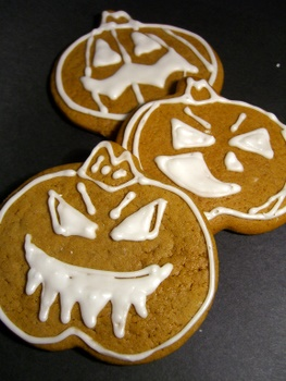 Halloween Gingerbread Pumpkins!