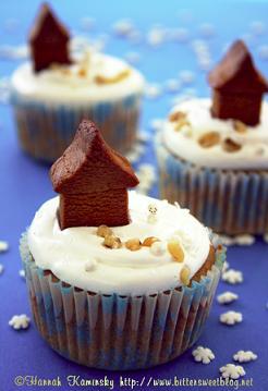 Bittersweet's Mini Gingerbread Cupcakes
