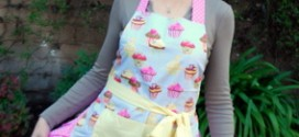 Flirty Aprons' Frosted Cupcake Apron, reviewed – and a giveaway!