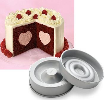 Wilton Heart Tasty Fill Cake Set