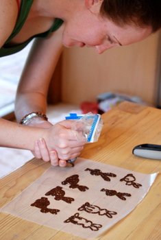 Making Decorative Chocolate Bunnies
