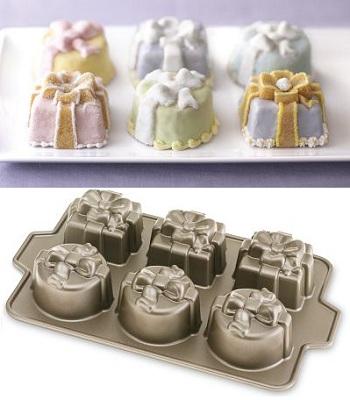 Gift Cakelet Pan