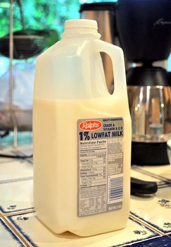 Low fat milk