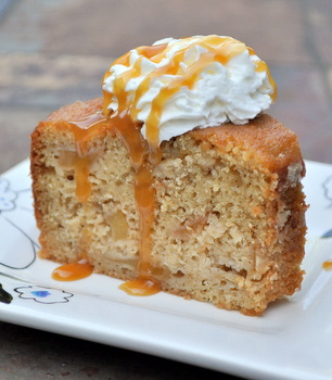 Maple Apple Ginger Cake