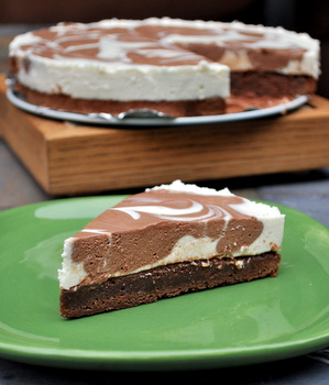 Chocolate Marble Brownie Cheesecake