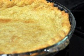 How to keep a pie crust from shrinking