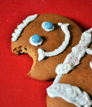 Gingerbread man, bitten!