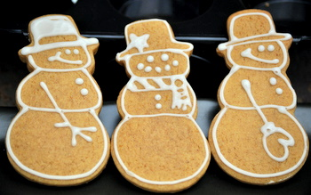 Pumpkin Gingerbread Snowmen