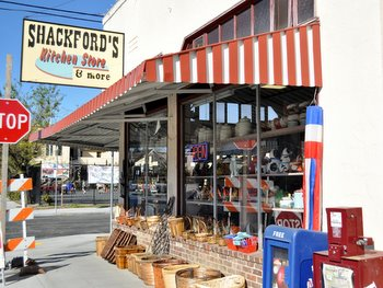 Shackford's Kitchen Store in Napa