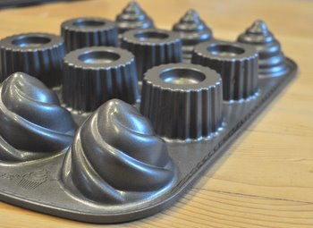 Nordic Ware Filled Cupcake Pan