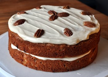 Hummingbird Cake, full