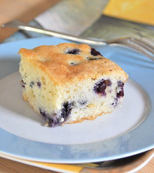 Blueberry and White Chocolate Coffee Cake