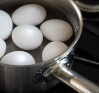 How to pasteurize eggs at home