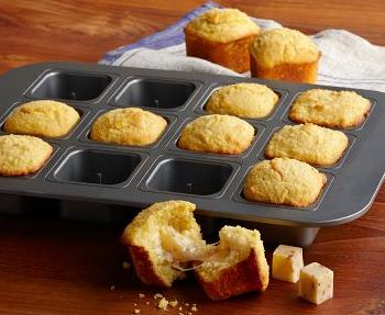 Stuffed Cornbread Pan