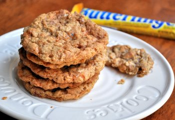 Butterfinger Oatmeal Cookies