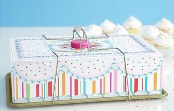 Vintage Cupcake Carrier