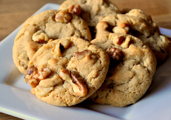 Honey Walnut Cookies