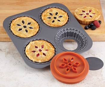 Chicago Metallic Pot Pie Pan