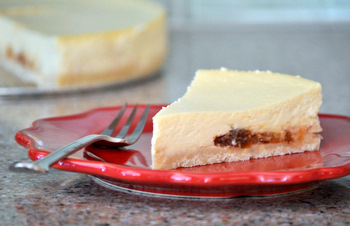 Vanilla Cheesecake with Preserves