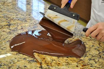 Marbling chocolate