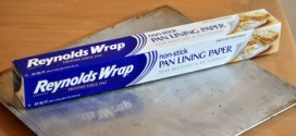 Reynolds Wrap Nonstick Pan Lining Paper, reviewed