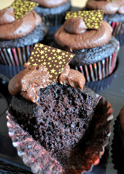Midnight Chocolate Cupcakes