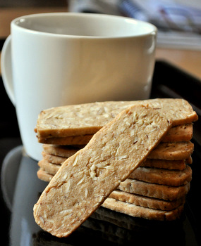 Crispy Almond Thins