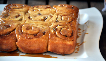 Sticky Buns with Golden Raisins, whole tray