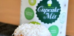 Williams Sonoma Coconut Cupcake Mix, reviewed