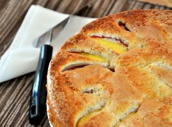 Summer Nectarine Cake, close up