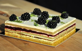 Cantalope, Pistachio and Blackberry Dessert