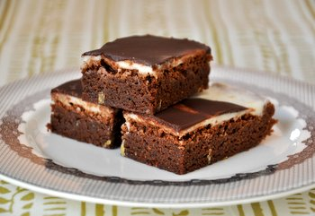 Lemon and Dark Chocolate Brownies