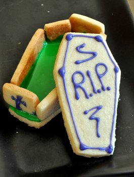 Casket Cookie