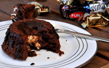Molten Chocolate Cake with Snickers